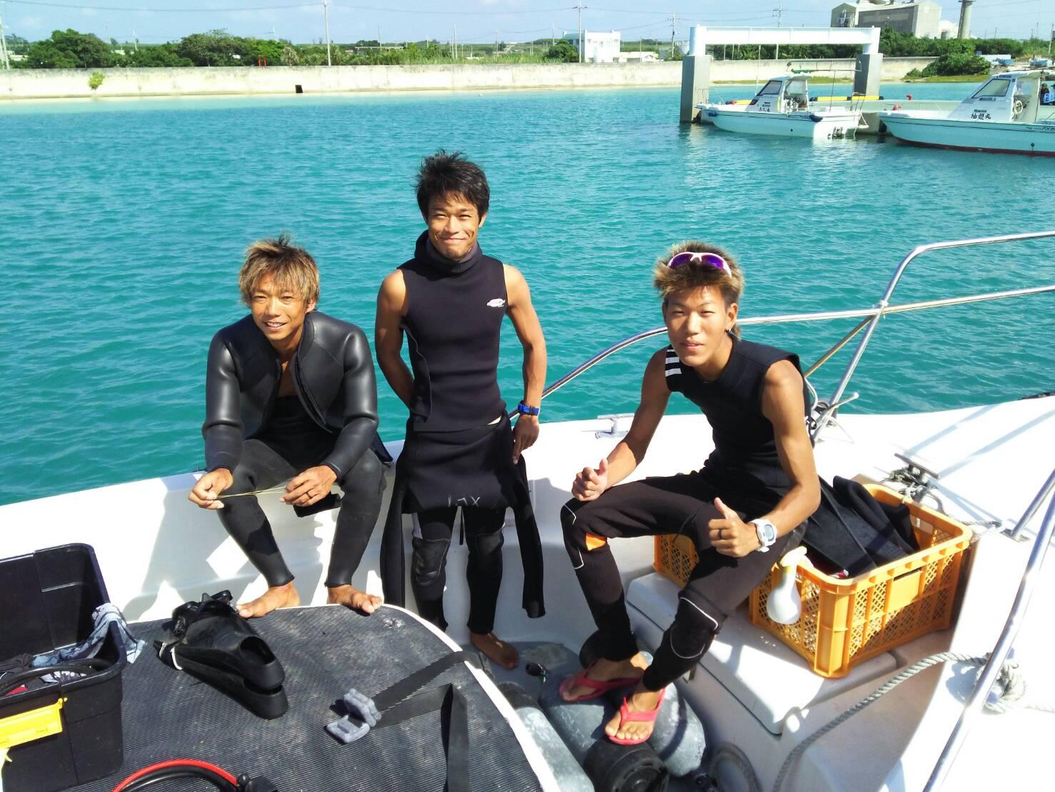宮古島ダイビングショップの新人スタッフ